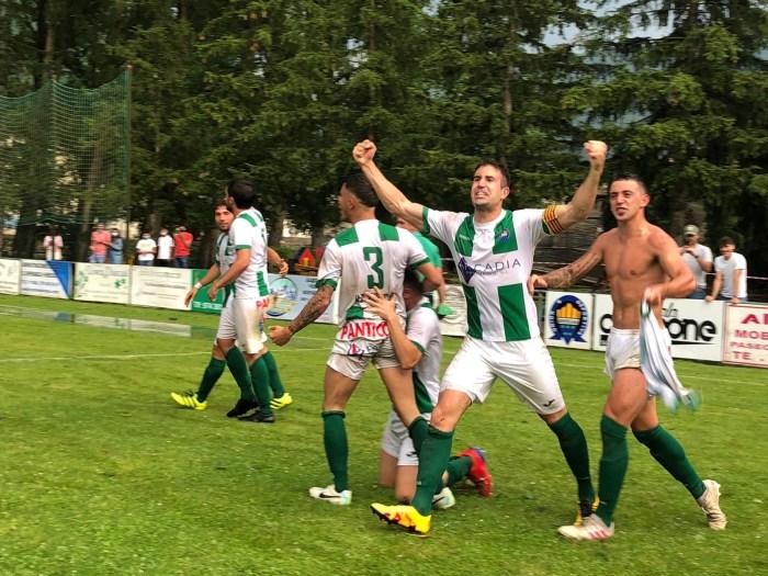 La UD Biescas asciende a Tercera División y el sueño se hace realidad después de 31 años. (FOTO: Danae Baz)