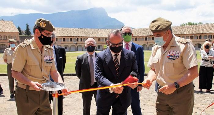 La exposición Hechos de Armas, Hechos de Arte ya se puede visitar en la Sala de Batallas de la Ciudadela de Jaca. (FOTO: Rebeca Ruiz)