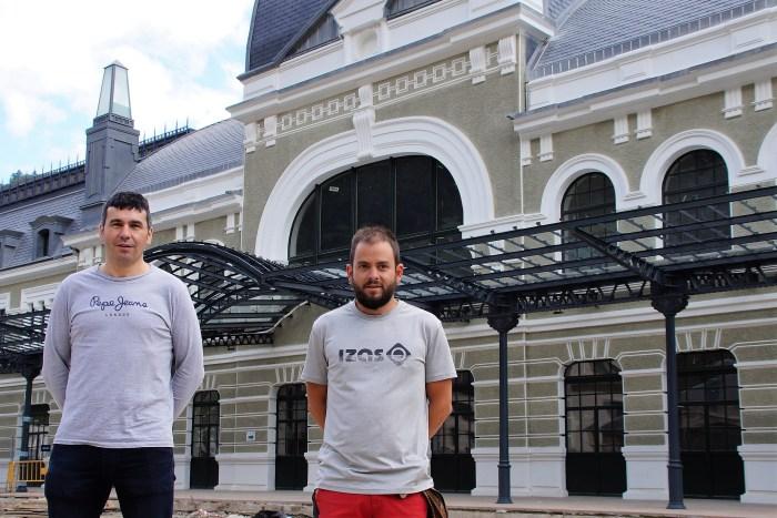 El efecto 'Canfranc-Canfranc' ya se deja sentir a pocas horas de una edición de récord. Fernando Sánchez (izda.) y Álex Varela, durante la presentación. (FOTO: Rebeca Ruiz)