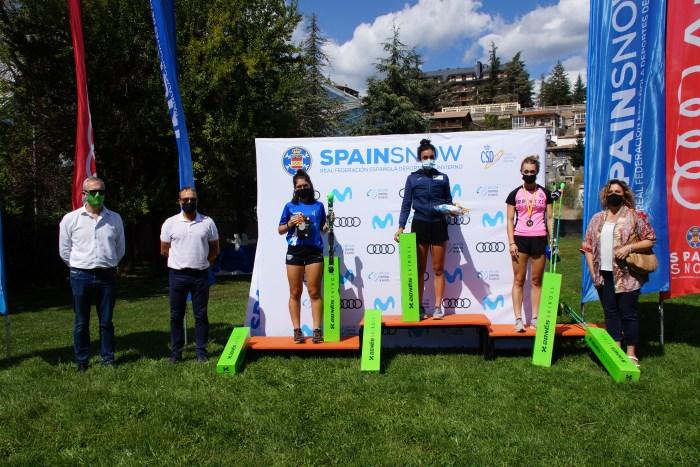 Marta Moreno y Diego Ruiz, campeones de España de Rollerski en el III Trofeo Ciudad de Jaca. (FOTO: Rebeca Ruiz)