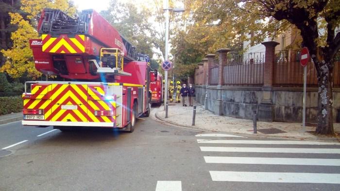 Alarma en la calle Hermanos Argensola de Jaca por un fuerte olor a gas