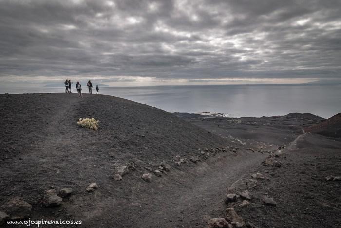 Volcanes que nos unen. Una iniciativa solidaria con La Palma desde el Pirineo.