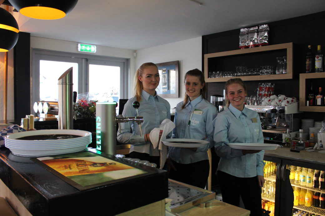 Brasserie Nauerna welcomes you for lunch, drinks and diner