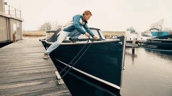 Qualifizierte Hafenmeister und Service Mechaniker