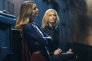 "Supergirl -- ""Resist"" -- SPG221b_0391.jpg -- Pictured (L-R): Melissa Benoist as Kara/Supergirl and Calista Flockhart as Cat Grant -- Photo: Robert Falconer/The CW -- © 2017 The CW Network, LLC. All Rights Reserved"