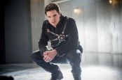 """The Flash -- """"Into the Speed Force"""" -- FLA316a_0223b.jpg -- Pictured: Robbie Amell as Ronnie -- Photo: Diyah Pera/The CW -- © 2017 The CW Network, LLC. All rights reserved."""