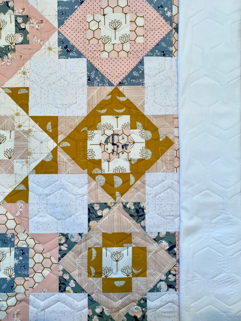Honeycomb Panto - Meadowland Quilt