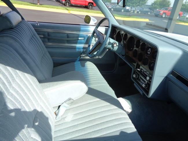 79 Grand Prix interior