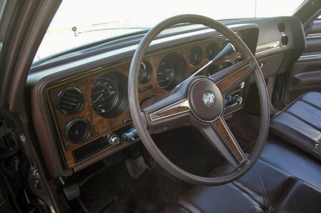 1983 Bonneville 08