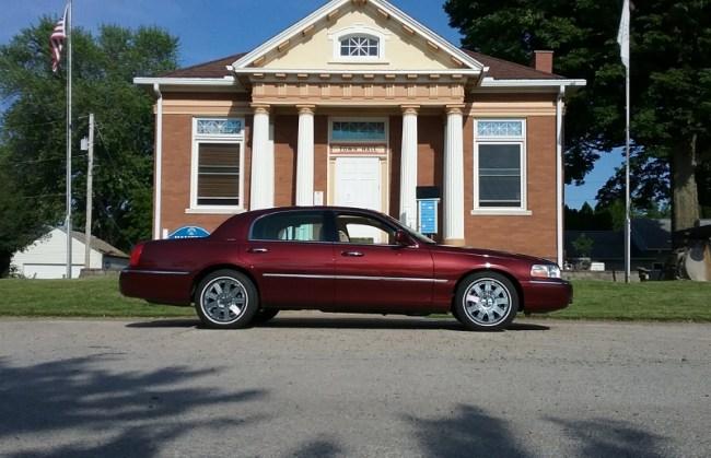 Town Car Ultimate