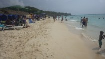 Playa Blanca packed with day-trippers