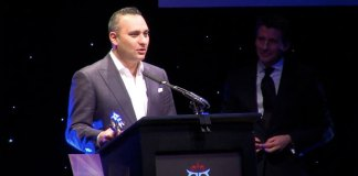 The Asian Awards 2011 - Outstanding Achievement in the Arts - Russell Peters
