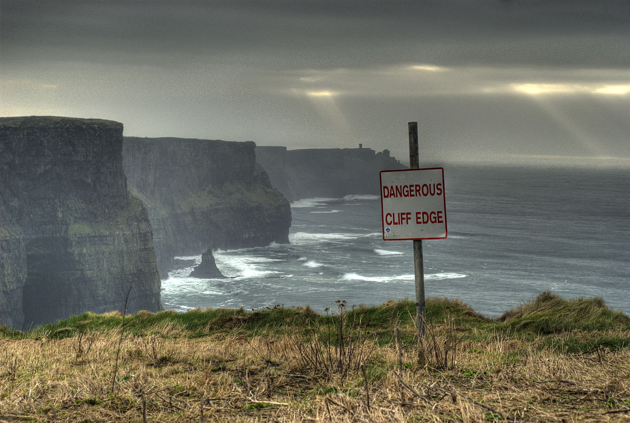 photo of the edge of a cliff