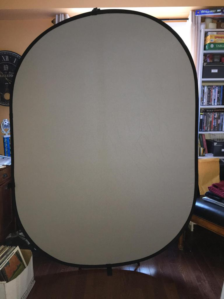 5 x 6.5 food collapsible backdrop opened up