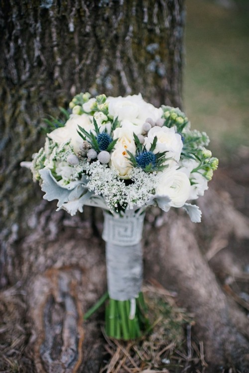 beautiful-winter-wedding-bouquets-21-500x750