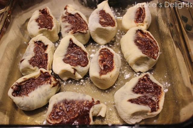 chocolate swirl buns.4