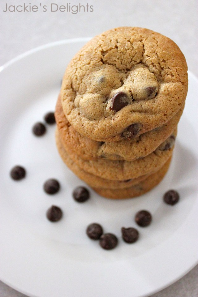 chocolate chip cookies.2