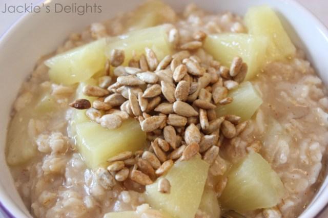 Sunny pineapple oatmeal.3