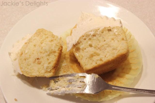 snickerdoodle cupcakes.4