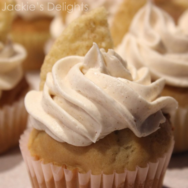 snickerdoodle cupcakes.5