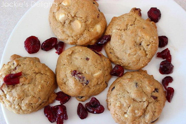 white chocolate cranberry cookies.3