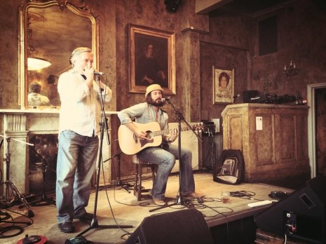 Jack J Hutchinson live at the Old Queens Head