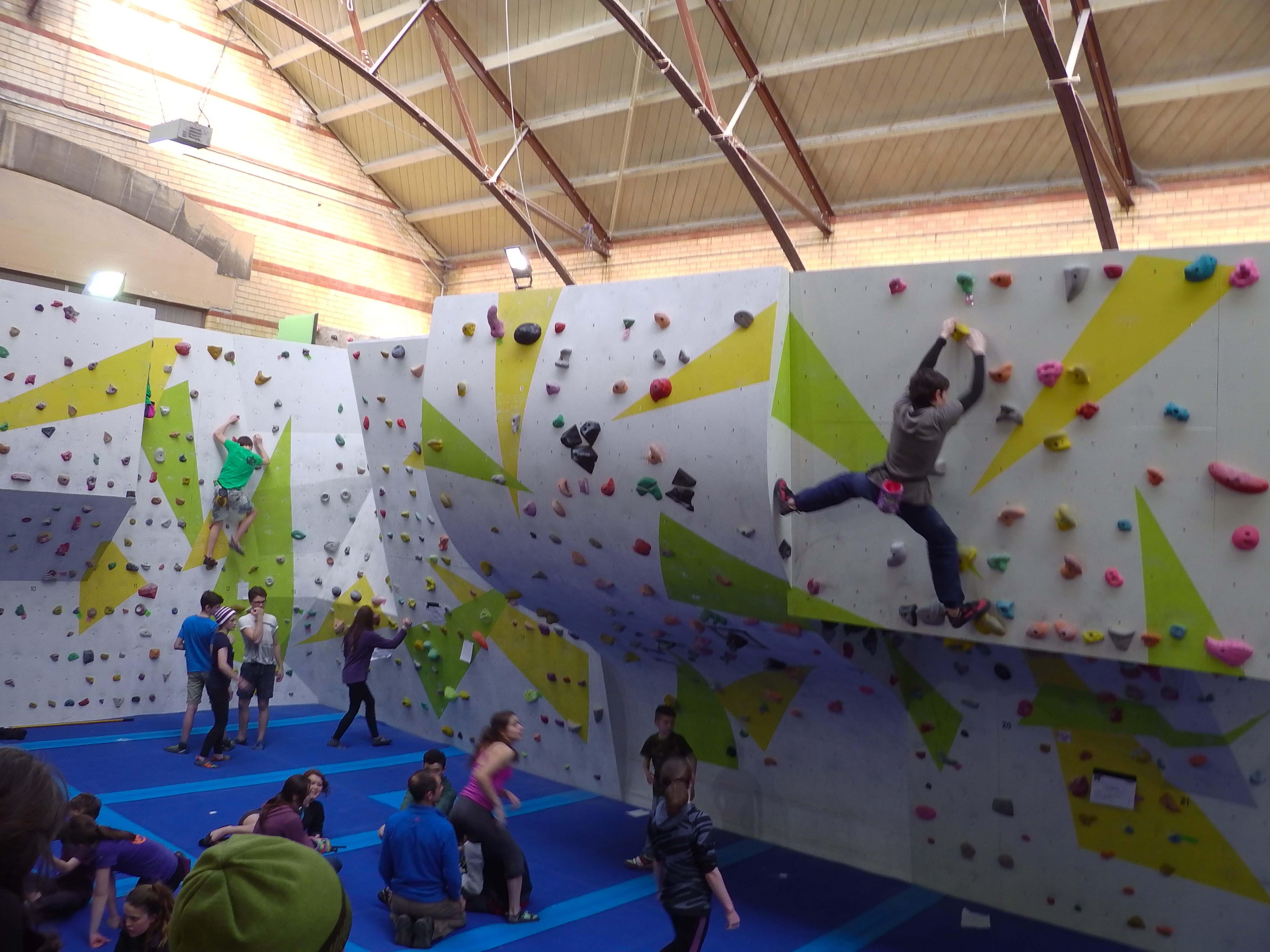 BMC YCS Round 3, Nottingham Climbing Centre part one