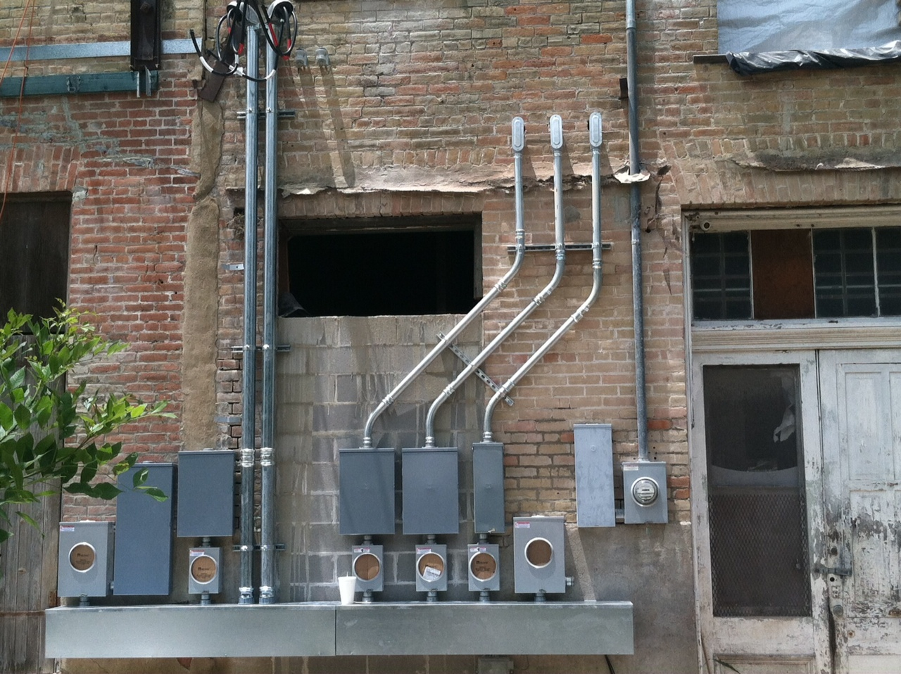 business commercial electrical service panel