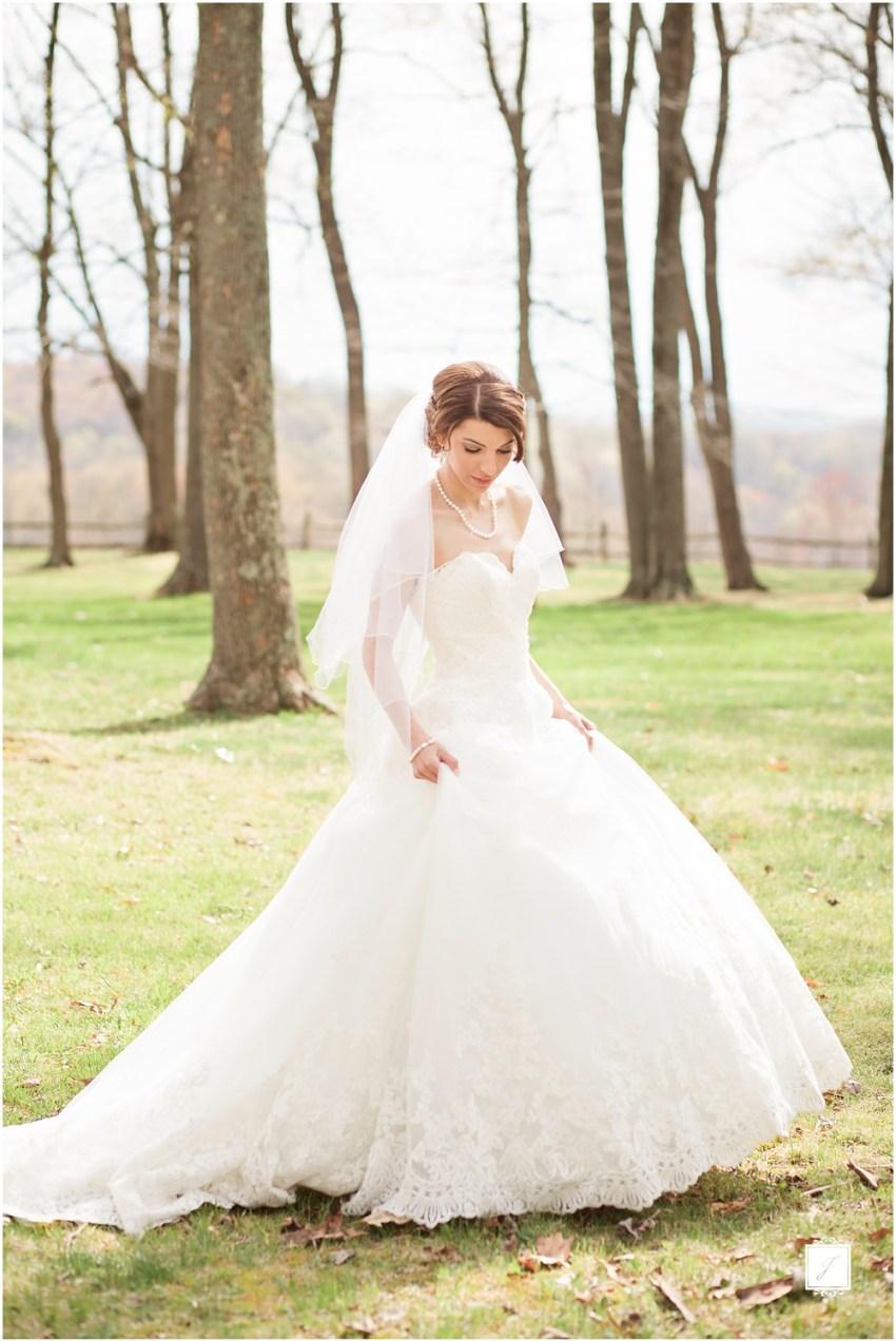 Classic Blush barn at Ligonier Wedding_Jackson Signature Photography, Choosing A Timeless Wedding Dress