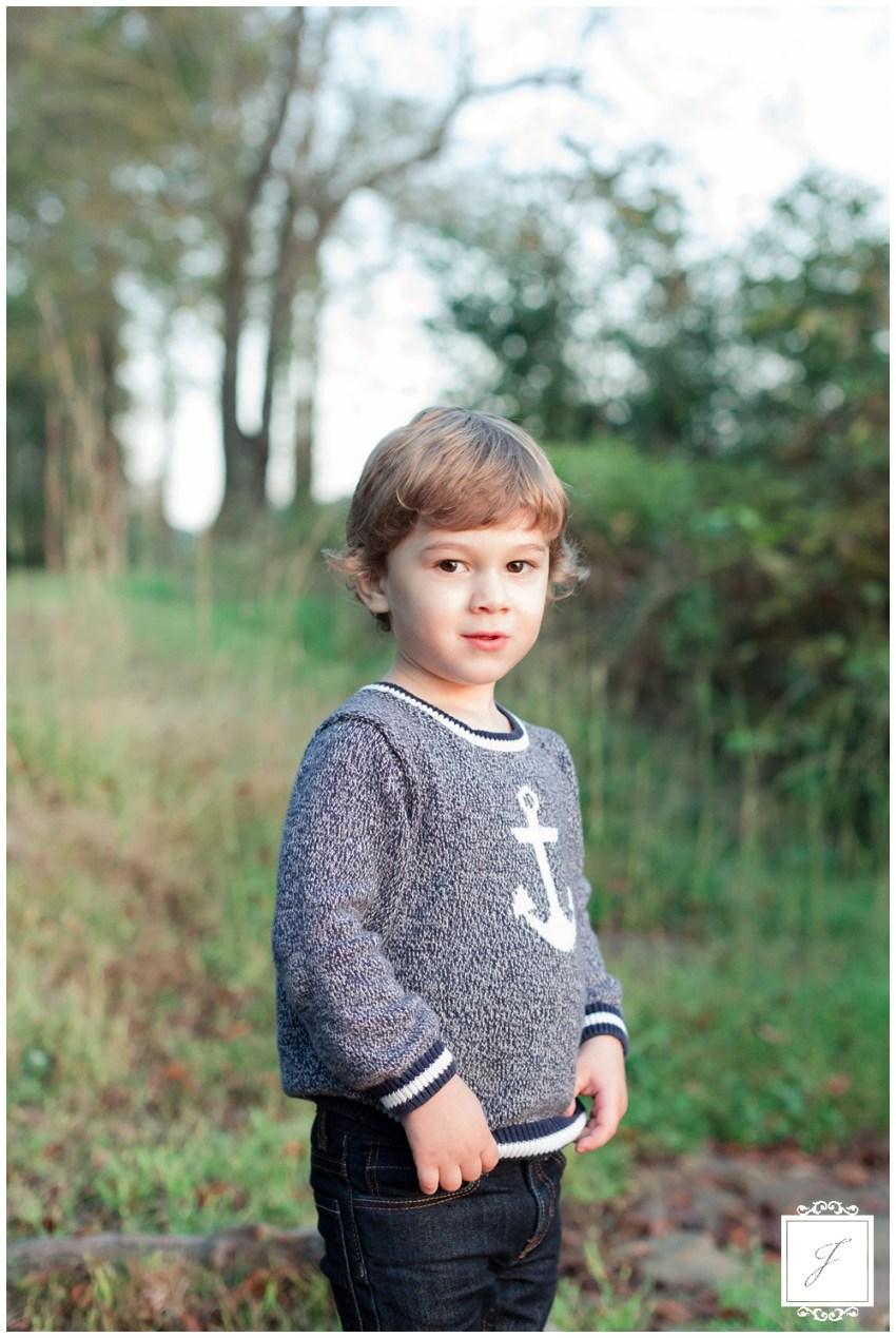 Konetes family portraits at Keystone State Park by Jackson Signature Photography a Greensburg, Latrobe and Pittsburgh Family Portrait Photographer