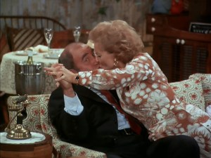 mary-tyler-moore-show-season-6-13-the-happy-homemaker-takes-lou-home-ed-asner-lou-grant-betty-white-sue-ann-kiss
