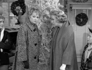 the-lucy-show-together-for-christmas-06