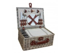 A four 4 person chiller hamper basket is perfect for family spring picnics
