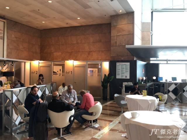 展場VIP區,免費提供咖啡、茶和點心
