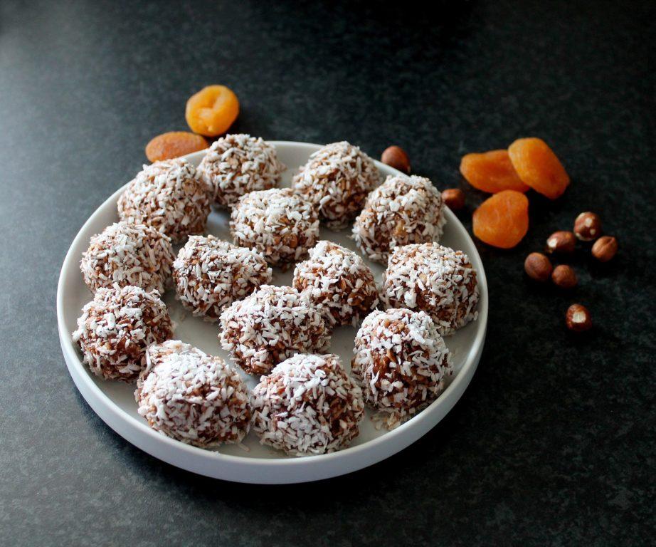 Tasty Hazelnut Gluten-Free Oat Bites