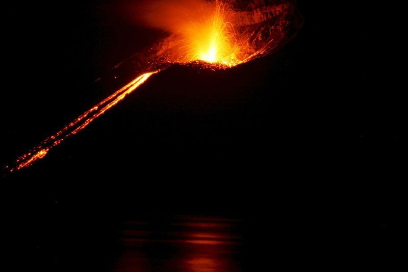Little Krakatoa explodes helping fuel the belief that volcanoes helped to reseed the Earth after the Great Flood, a Genesis story.