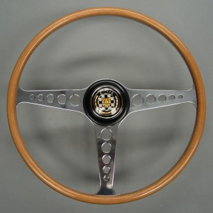 C15168 Jaguar XKE E Type Three Quarter Wrapped Beech Steering Wheel 02