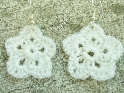 metallic white flower earring