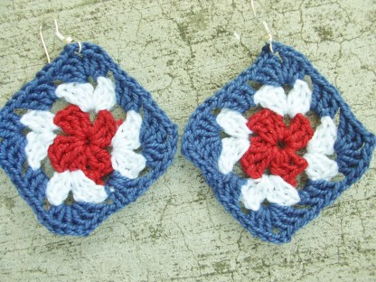 red white blue granny square crocheted earrings