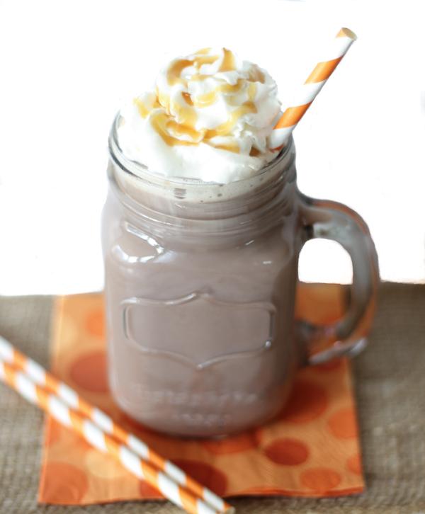 Crockpot-Salted-Caramel-Hot-Chocolate-Recipe