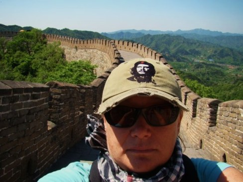 From the Dave Ball School of Self-Photography. He's the expert. I never do this. But I couldn't resist. It's The Great Wall! And I refused all of the people around me who offered to take a pic of me with my camera, haha!