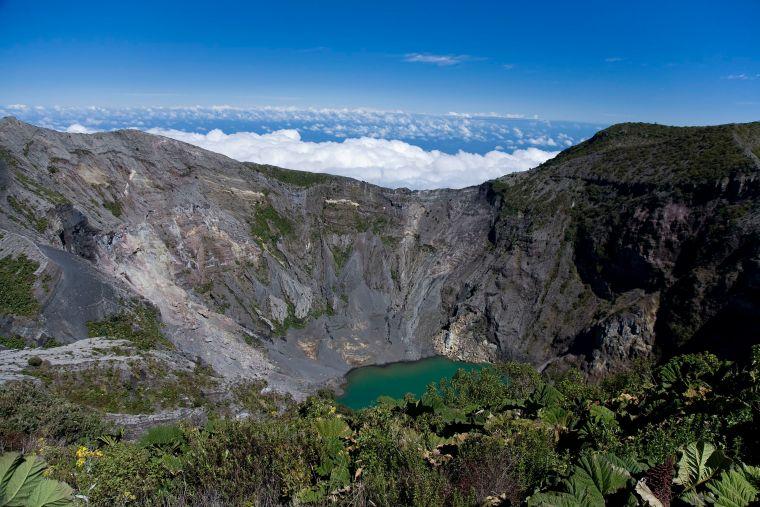 Irazu_Volcano