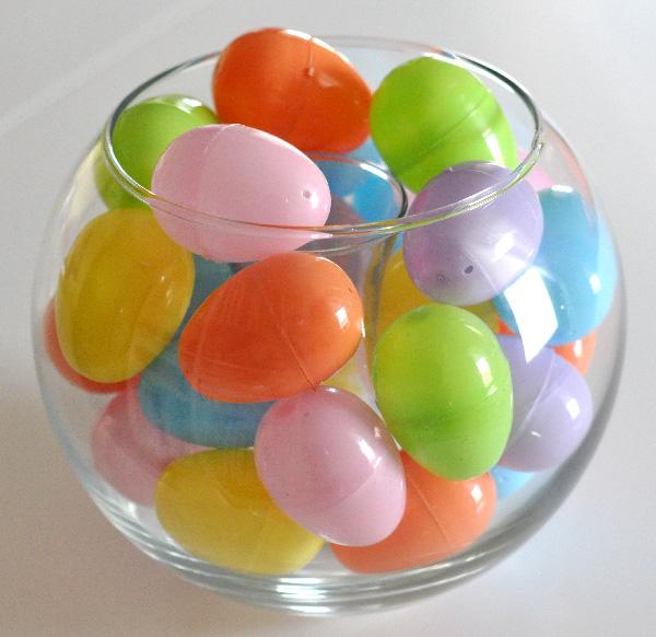 Simple Easter Egg Vase Jacquelynne Steves
