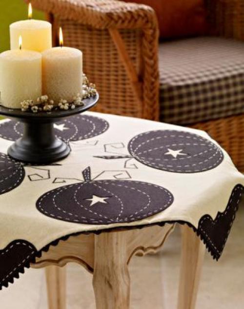 sophisticated-pumpkin-tableclothlg_1