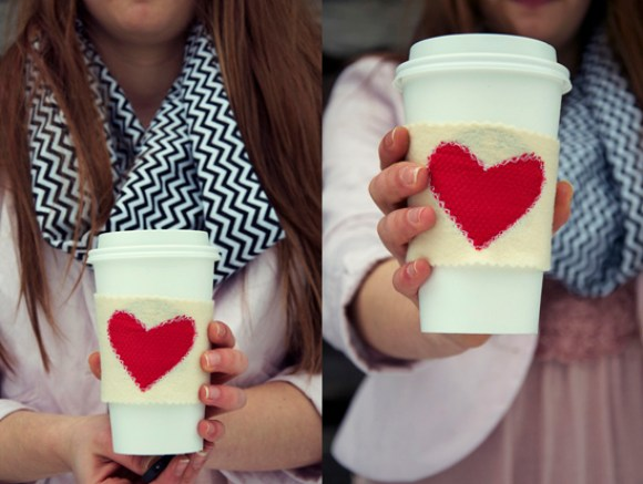 21 more free valentine 39 s day projects for quilters and for Cup cozy pillow