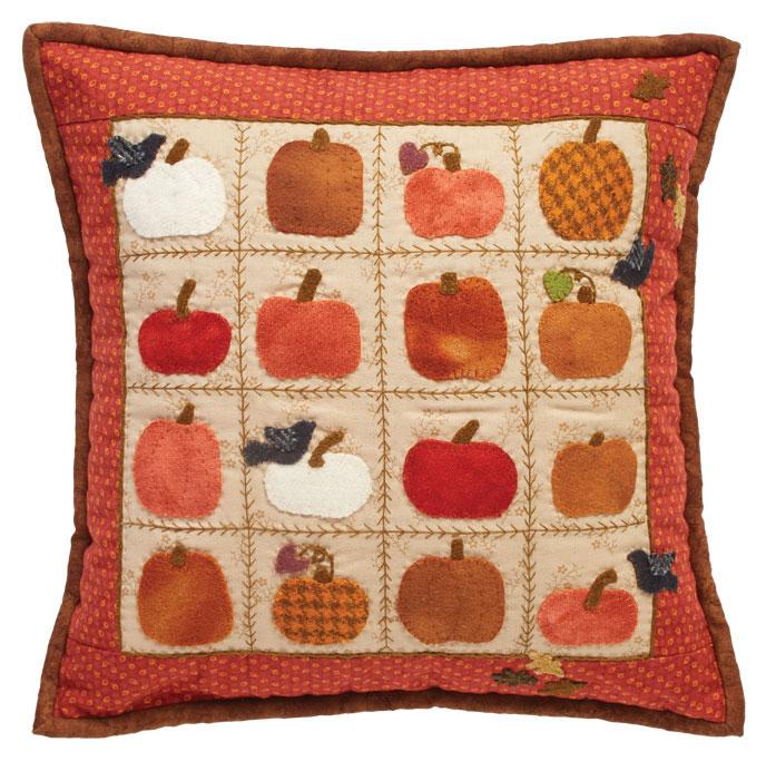 Free Pumpkin Pillow Pattern- wool applique & 25 Free Thanksgiving Quilt Patterns \u0026 Sewing Projects ... pillowsntoast.com