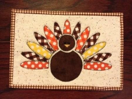 Free Turkey Mug Rug pattern for Thanksgiving