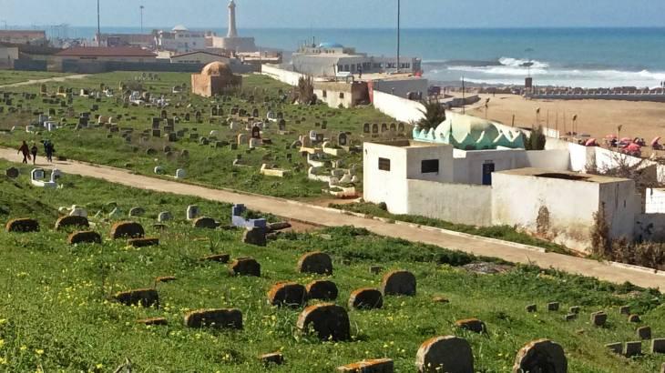 Rabat et le cimetière marin face à l'Océan