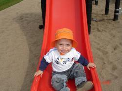 Félix au parc de quartier.