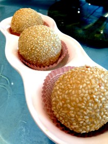 Deep fried sesame balls made with glutinous rice flour and filled with red bean paste